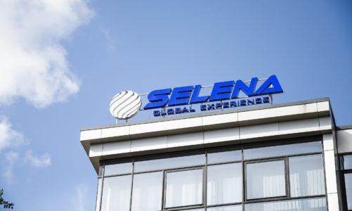 Selena świętuje 20-lecie pierwszej zagranicznej spółki